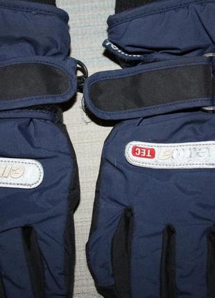 Перчатки ф.reima р-2 для мальчика в хорошем сосоянии