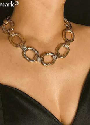 Массивное ожерелье чокер цепочка цепь звенья колье золотистое