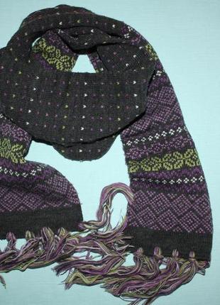Красивый двойной шарфик в отличном состоянии