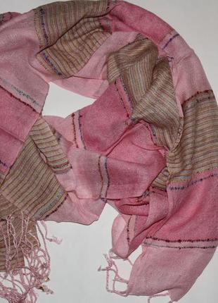 Шикарный шарф палантин с люрексовой ниткой в идеальном состоянии