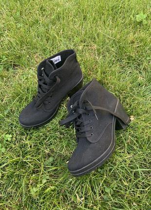 Текстильные туфли ботинки на тракторной подошве