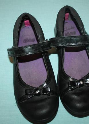 Кожаные туфли clarks р-30,евр-11.5 в хорошем состоянии