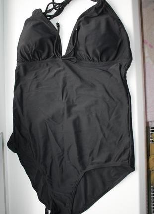 Модный ,стильный совместный черный купальник р-42 в отличном с...