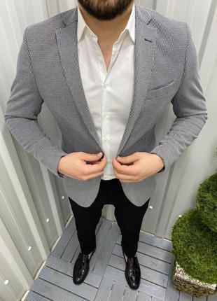 Пиджак молодежный серый в клетку