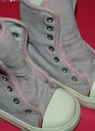 Модные сапожки кожаные для маленьких модниц р-22