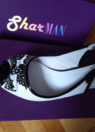 Босоножки женские кожаные sharman