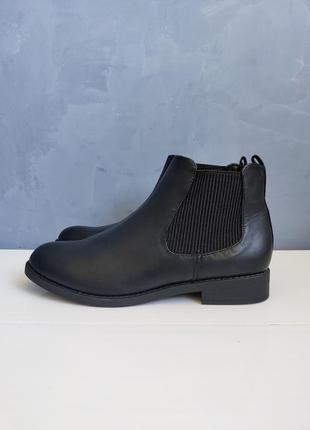 Женские демисезонные ботинки f&f