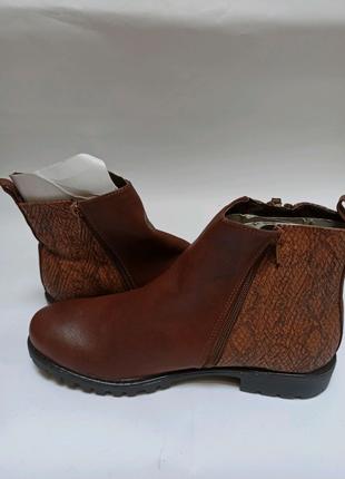 Ботинки(полусапоги) anna field. брендове взуття stock