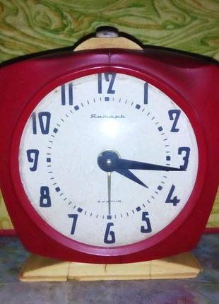 40 лет Часы будильник Янтарь советские