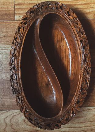 Резная деревянная индийская конфетница