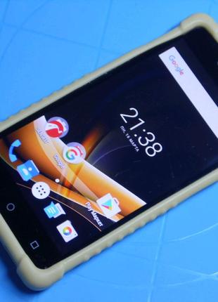 Смартфон Senseit A109, 1/8Gb, 4G.