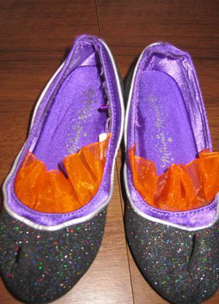 Туфли карнавальные.размер 26