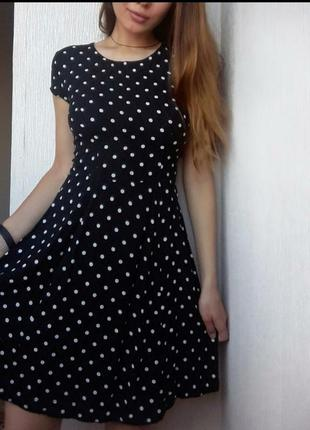 Платье бренда h&m.