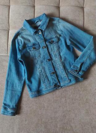 Джинсовая куртка mango denim а возраст 11-12лет