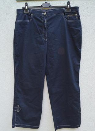 Красивые легкие котоновые брюки бриджи темно-синие