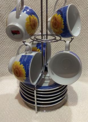 Набір чашок горнят з блюдцями тарілочками