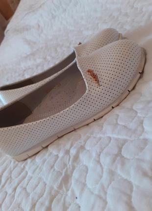 Модные стильные туфли балетки для девочки 33 размер