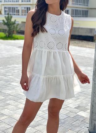 Летнее женское платье с вышивкой ришелье белого цвета ❀