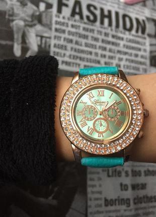 Часы наручные женские зеленые годинник