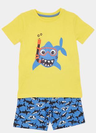 Комплект шортики+футболка от dunnes, англия. размер 18-24 мес.