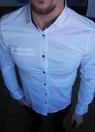 Рубашка мужская белая с длинным рукавом