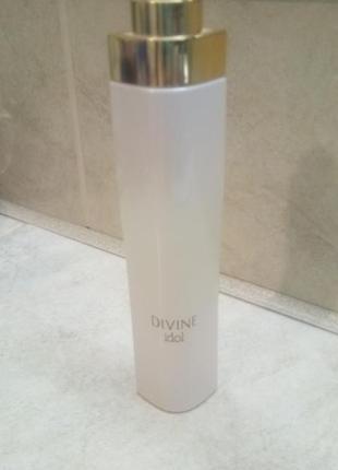 Парфюмированная вода divine idol, oriflame