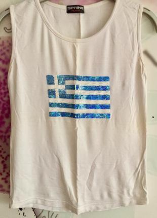 Майка с флагом греции вышитым паетками