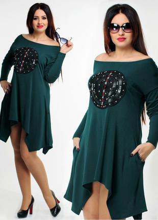 Женское платье туника зеленого цвета свободного кроя