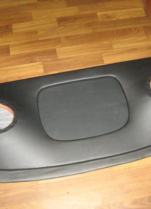 Акустическая полка BMW E34 (Бмв е34)