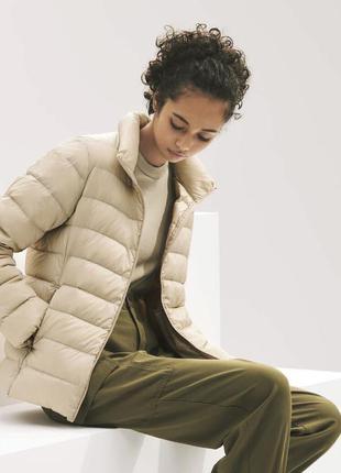 Суперлегкая теплая короткая пуховая куртка пуховик qniqlo