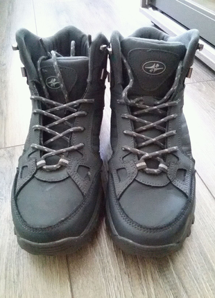 Ботинки зимние р.42