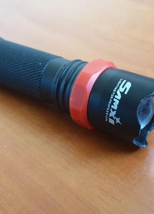 Яркий фонарик, встроенный аккумулятор, перезаряжаемый от USB