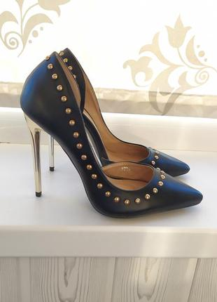 Туфли лодочки на каблуке черные босоножки