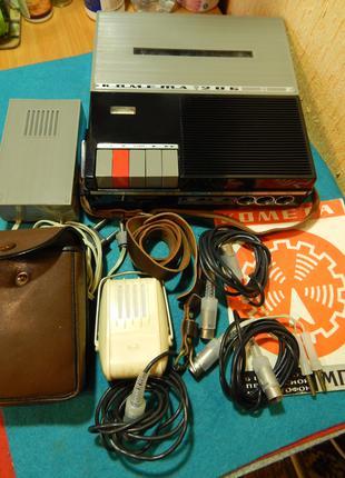 """Магнитофон """"Комета 206"""" 1970 г. Комплект."""