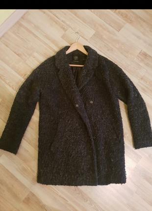 Пальто букле Clockhouse
