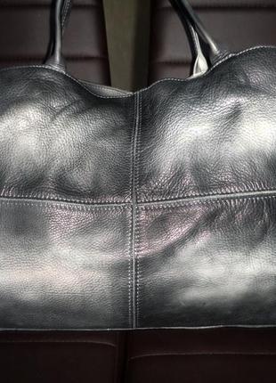 Стильная большая сумка натуральная мраморная кожа  италия