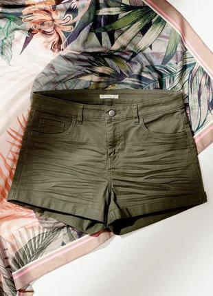 Короткие котоновые шорты шортики цвет хаки от h&m