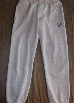 Спортивные штаны для девочки 134-140р