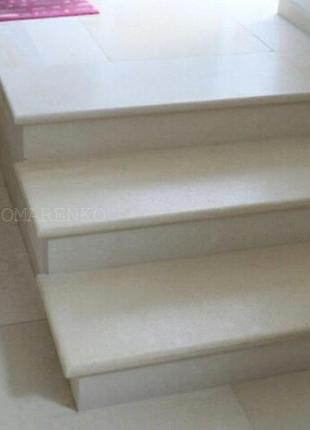 Мраморные гранитные ступени, лестницы из мрамора, гранита