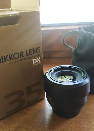 Nikkor 35mm f1.8