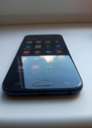 Мобильный телефон смартфон Samsung Galaxy j3 2017 год
