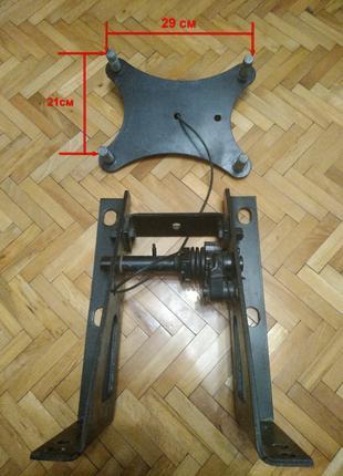 Кронштейн (держатель) запасного колеса МАЗ