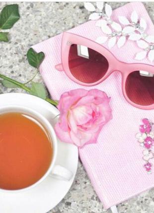 Очки солнцезащитные розовая оправа