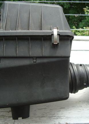 Корпус воздушного фильтра с воздуховодом bmw e36