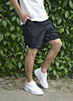 Мужские брючные шорты чиносы черные