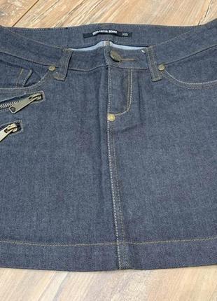 Джинсовая стильная темная  юбка из плотного денима