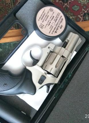 Револьвер флобера.trooper.3