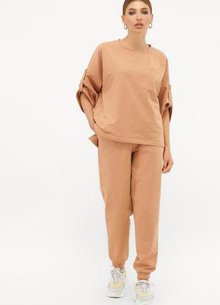 Костюм женский с брюками повседневный