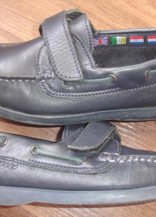Брендовые t.rosso кожаные туфли мокасины мальчику на 31-32 размер