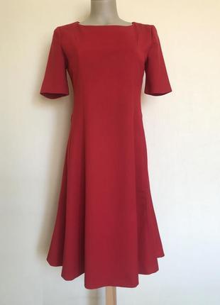 В наличии - платье с коротким рукавом *next* 10 р.